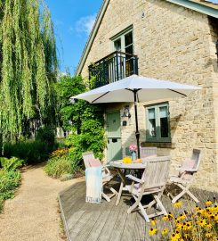 Oakleigh Cottage, Lower Mill Estate, Cotswolds
